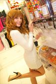 Bella Thorne shopping for sweets at Sugar Factory
