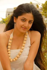 : Tollywood and Telugu Aunty Poonam Kaur Sizzling Cleavage Picture