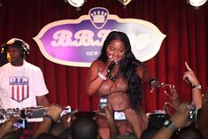 Labels: Foxy brown , foxy brown in concert b.b.king club