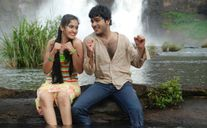 Indian Actress: she is wetyoung mullu actress on Sanusha hot in wet