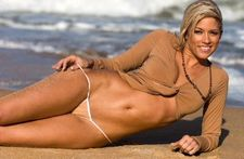 Wrestling babe Kelly Kelly in a sexy gstring bikini