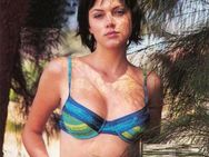 FILMY FUNDA: Yana Gupta profile pantyless Review bollywood