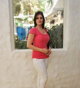 Hot Zarine Khan at Neha Agarwal Luxe Lover collection preview Latest