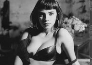 Mathilda May 400 X 264  21k  jpg