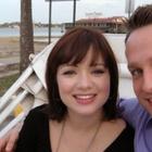 Pasangan Selfie lepas sah bercerai - Pejam Kelip