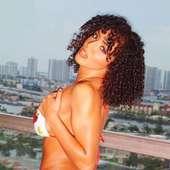 WWE Layla Hot_5.jpg