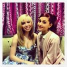 Ariana Grande News  New Pic of Ariana and Jennette