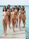Radscorpion's Random Porn Pix  insanely hot girls naked outdoors