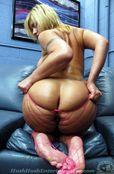 Bubble Butt Bonanza – Velicity Von | I Seek Girls  MASTERB8