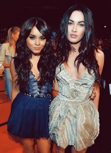 Megan Fox & Vanessa Hudgens - Cleavage - Wardrobe malfunction