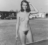 motheranddaughterbeauty:french girl 1971�i bet 80 percent of the old