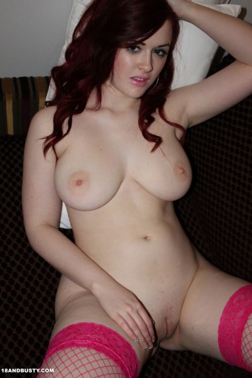 Busty Pale Chick Close Up Masturbation