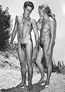 Beachguy - nudiarist: Vintage nudist photo - young couple