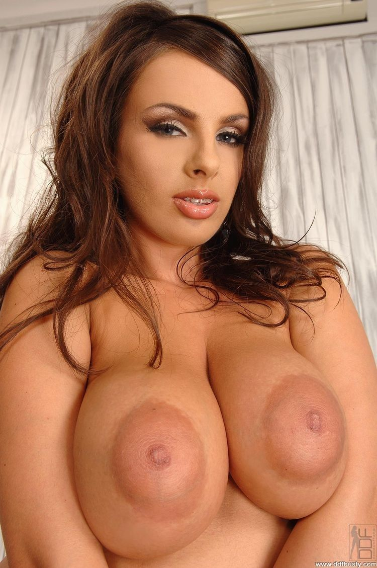 Girls With Huge Boobs Xxx 1 1