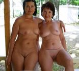 motheranddaughterbeauty:mom+daughter pose nude