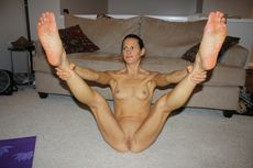 Mature Women With Spread Open Legs Milf Wide And #2 | 1024 x 681