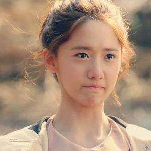 for some reason i like seeing yoong crying well fake crying obviously