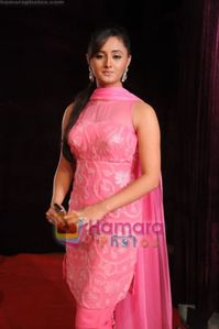 Celebs We Love: Stunning Babe Rashmi Desai Hot Photo Gallery