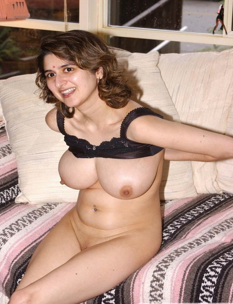 Savita Bhabhi Big Boobs Sucked