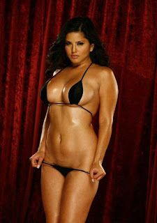 Leonie Damberg Bikini Model