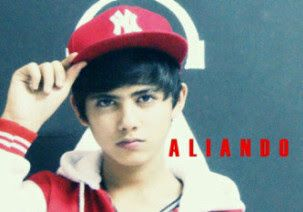 Wallpaper Photo Aliando