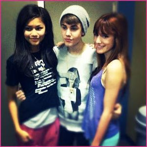 Zendaya Coleman Bella Thorne And Justin Bieber - Top Topics Today