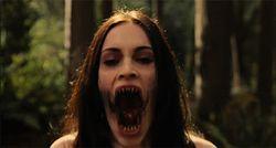 Megan Fox, una vampiresa habrienta y salida con mucho futuro en el