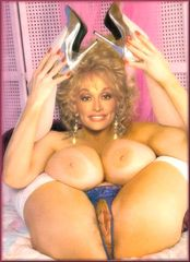 Dolly Parton Pussy Images | TheFemaleCelebrity