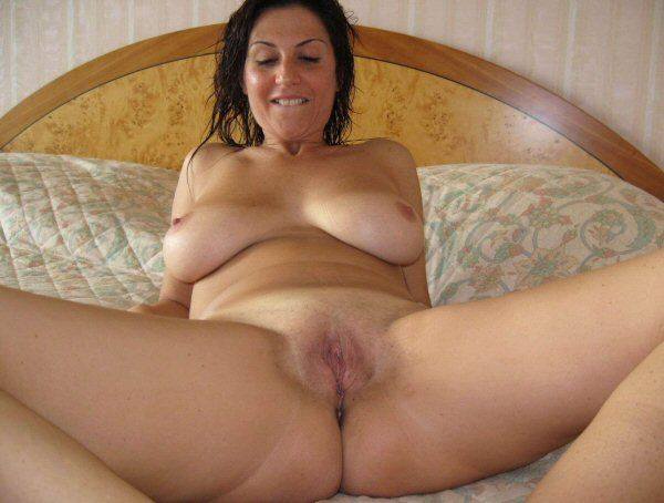 Wet Housewife Home Fuck