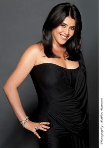 ekta kapoor hot boob show in black dress