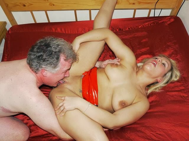 Top Uk Porn Babe Ashley Rider Returns To Johnny Rockard Hq