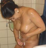 Indian Aunties Clean Show: Mouth Watering Indian Aunties Temptating