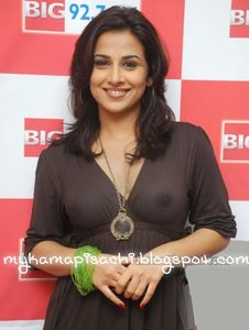 hot vidya balan showing her nipples through transparent top fake