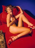 �ber Fashion Marketing: Stephanie Seymour nua na Lovecat