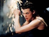 Milla Jovovich Hot Pictures, Photo Gallery & Wallpapers