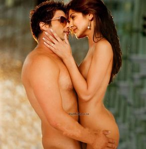 Slut Actress: Anushka Sharma And Shahid Kapoor Caught Nude Fake