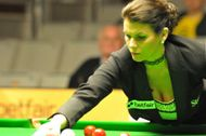 Michaela Tabb �rbitra, assume comando no mundial 2012