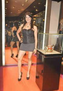 Hot Legs And Feet Connie Hd « Photo, Picture, Image and Wallpaper