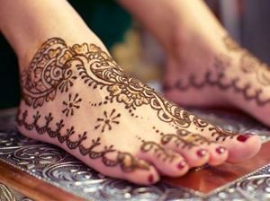 Beautiful Feet Mehndi Designs Pictures 2012 - fashion world