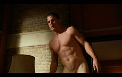 Male Film & TV Screencaps: Hung 3x01  Thomas Jane & Stephen Amell
