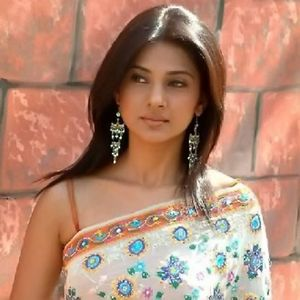 of photos and wallpapers: indian tv serial actress Jennifer Winget