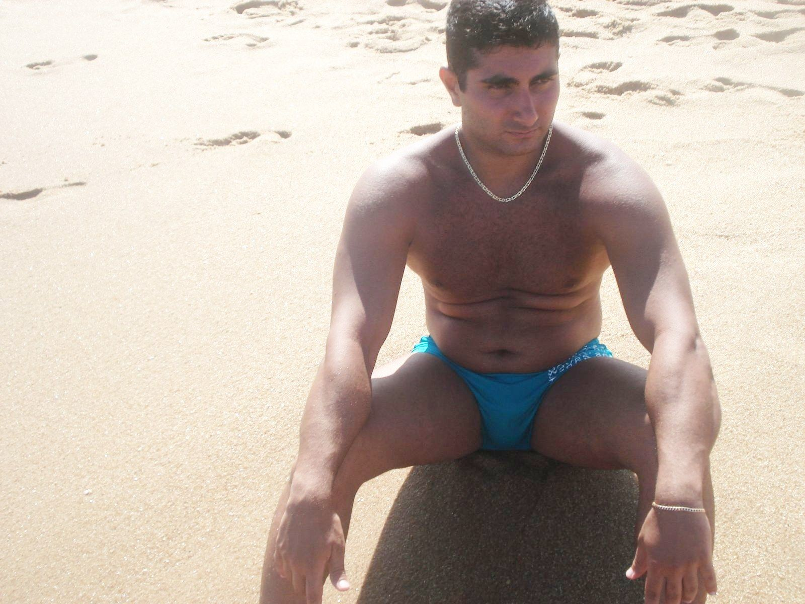 Amateur Beach Boys In Speedos