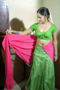 Desi Masala Aunty In Transparest Saree & Naval Show