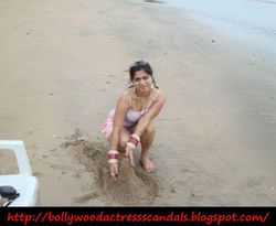 honeymoon trip very hot babe friday february 26 2010 posted by