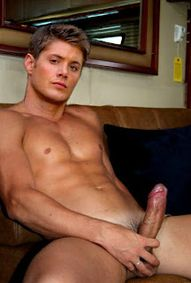 JensenAcklesinSupernaturalSeason10Premiere14110506  Gay Male
