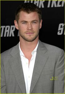 HOT AS FUCK BLOG: Chris Hemsworth is Hot as Fuck!