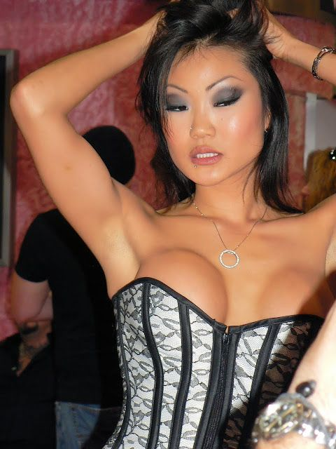 Smut Anus Exotic Kaylani Lei Is Tatted Up And Requires Cock