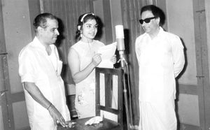 Jayalalitha Photos - J  Jayalalitha Photo Gallery | Veethi
