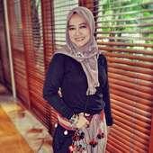 Wartastyle Spotted Islamic Fashion Festival 2010 Hijab Scarf
