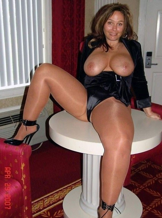 Horny Girl In Pantyhose